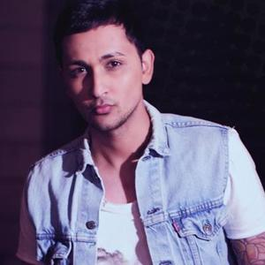 《runaway now (extended version)》歌词 — zack knight